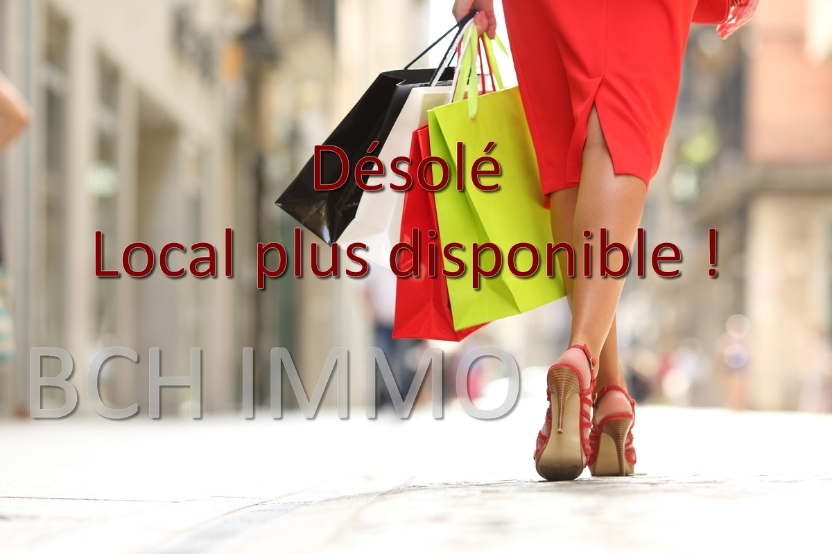 Location local commercial à fort visibilité rue de Lodi Marseille 13006