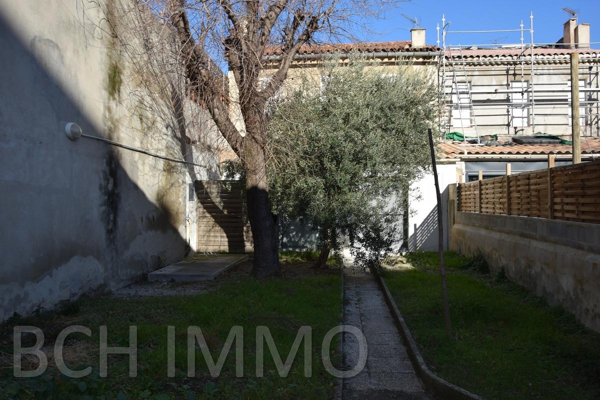 Murs commerciaux - Marseille 9ème