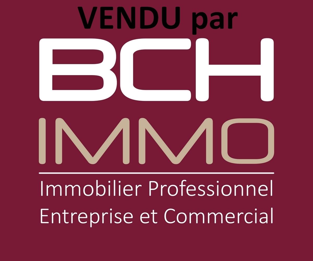 Vente bureaux lumineux idéal activité libérale et médicale situé au Chartreux à Marseille 13004