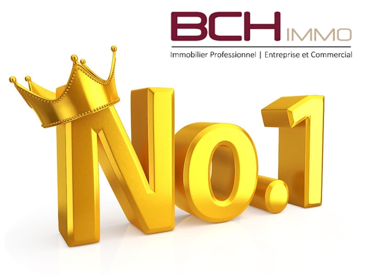 L'agence immobilière BCH IMMO spécialiste en Immobilier Commercial et d'Entreprise à Marseille, vous propose la location de ce local commercial d'angle à forte visibilité situé à Marseille 13008