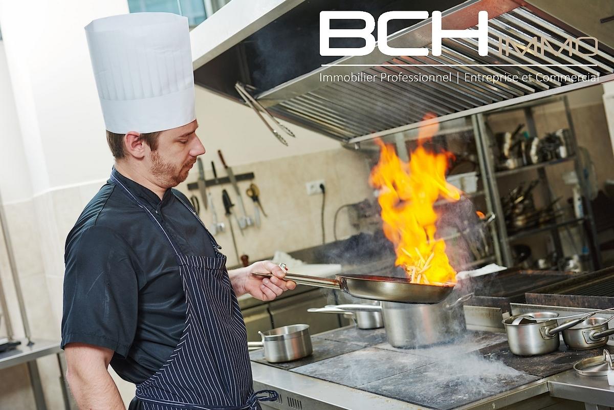 L'agence immobilière BCH IMMO spécialiste en vente de fonds de commerce de restauration à Aubagne, vous propose la vente de ce restaurant idéalement situé dans la zone d'activité et commerciale des Paluds, à Aubagne 13400.