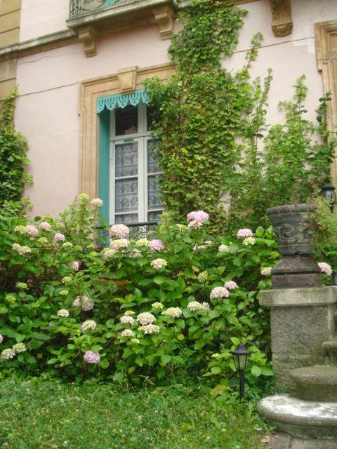 vente chambre dhtes vernet les bains pyrnes orientales villa du 18me sicle beaucoup de charme jardin arbor serait idal pour famille nombreuse