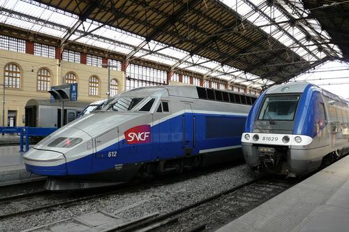 Murs commerciaux à vendre en face la gare St Charles à Marseille 13001