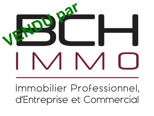 L'agence immobilière BCH IMMO spécialisée en vente de murs commerciaux, vous informe avoir vendu en novembre 2016 ce local commercial  à forte visibilité situé en zone touristique de Marseille 13001